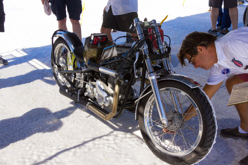Norton Racer Technische Abnahme ©FabianFeller