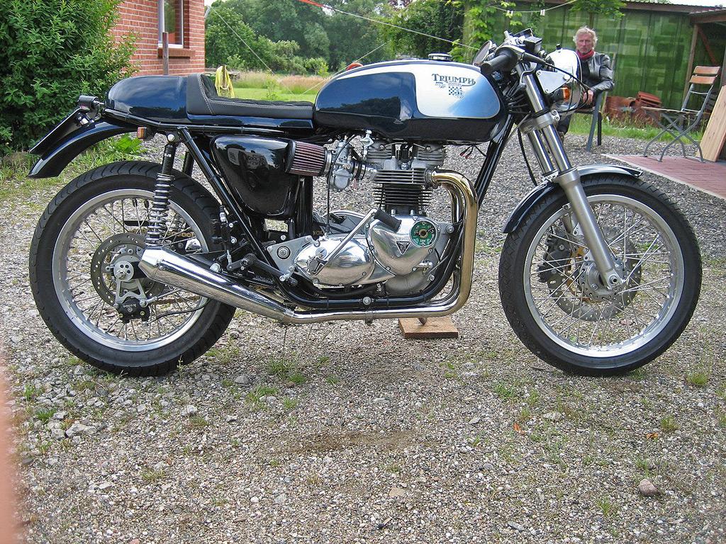 Triumph 140 750