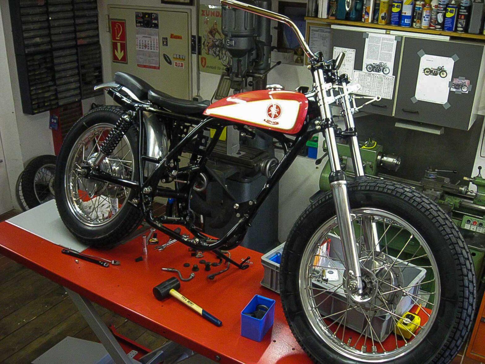Umbau Yamaha SR500